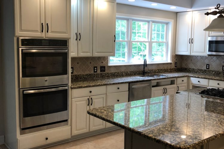 KITCHEN CABINET REFINISHING IN SPOTSYLVANIA