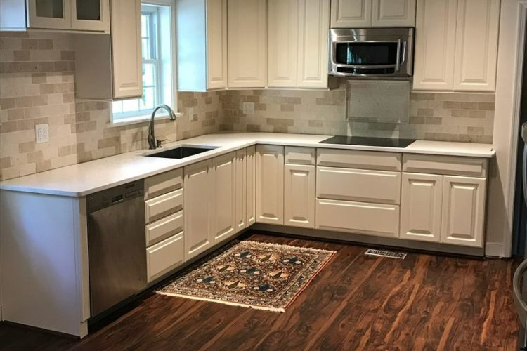 BEAUTIFUL REFINISHED KITCHEN IN MIDLOTHIAN, VA.
